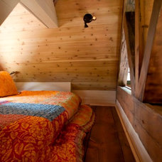 rustic bedroom by TKP Architects pc