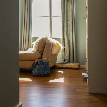 Strand Woven Bamboo Flooring in Guest Room