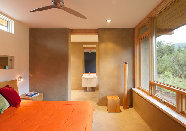 Contemporary Bedroom by Gettliffe Architecture