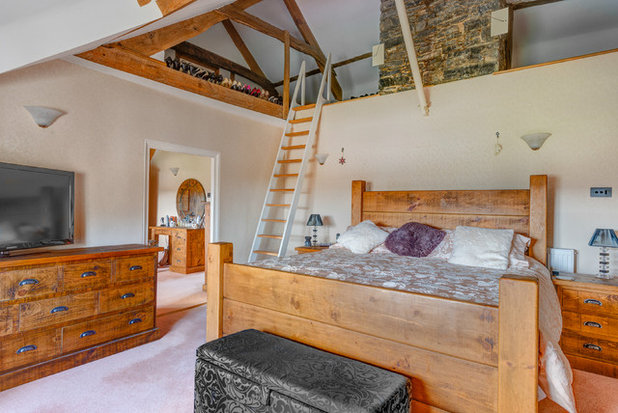 Country Bedroom by Colin Cadle Photography