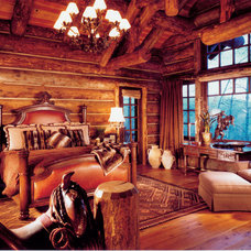 Rustic Bedroom by RMT Architects