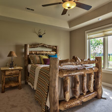 Rustic Bedroom by The Linen Gallery