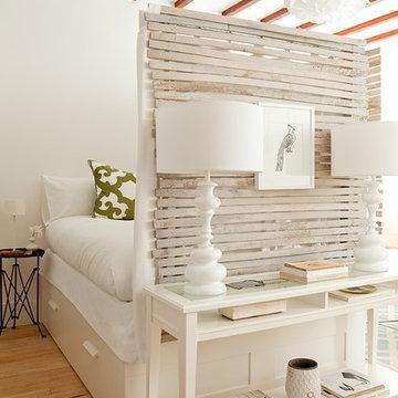 Studio: Bedroom