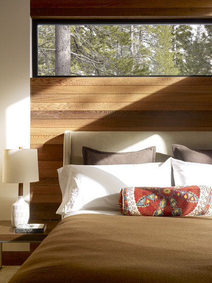 Rustic Bedroom by John Maniscalco Architecture