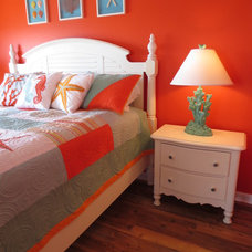 Eclectic Bedroom by Asia Evans Artistry