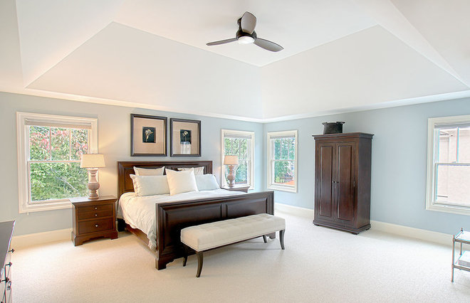 Traditional Bedroom by Summit Signature Homes, Inc.