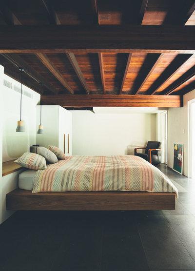 Средиземноморский Спальня by Teeland Architects