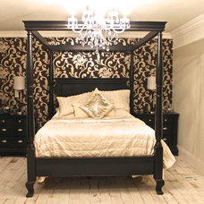 Traditional Bedroom by Grenview Construction