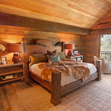 Traditional Bedroom by Scott Gilbride/Architect Inc.
