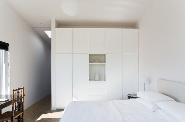 Contemporary Bedroom by Paul Craig Photography