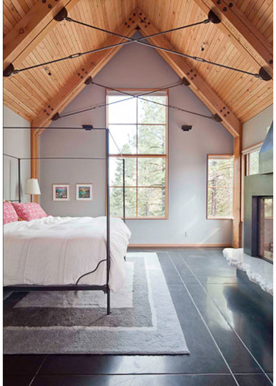 Rustic Bedroom by WA Design Architects