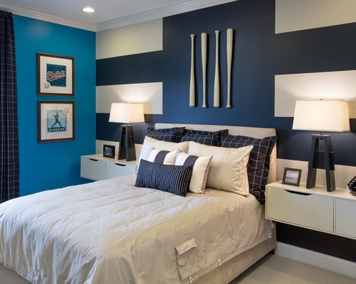 Inspiration For A Transitional Bedroom Remodel In Columbus With Multicolored Walls