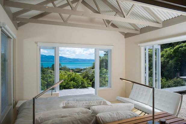 Beach Style Bedroom by Four Walls Architecture