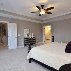 Bedroom by Gonyea Homes & Remodeling