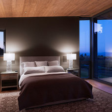 Bedroom by Taylor Lombardo Architects