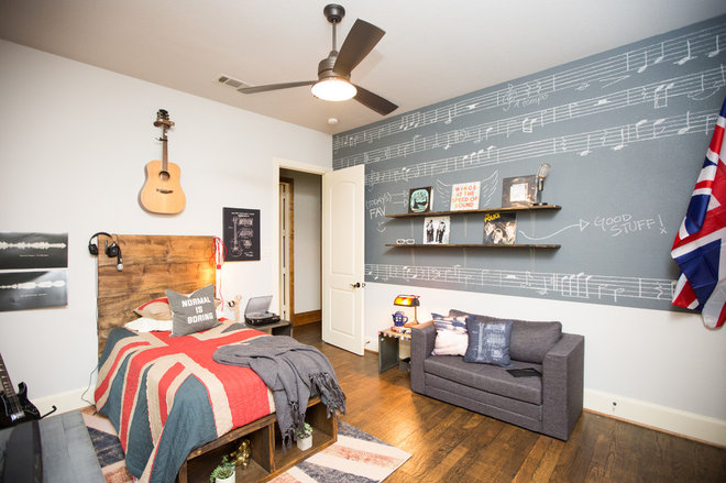Bedroom by Urbanology Designs