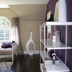 contemporary bedroom by Nina sobiNina Design