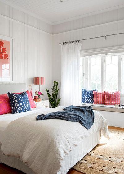 Beach Style Bedroom by Berkeley Interiors
