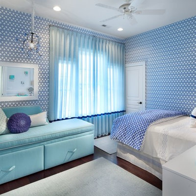 Inspiration for a contemporary dark wood floor bedroom remodel in DC Metro with blue walls