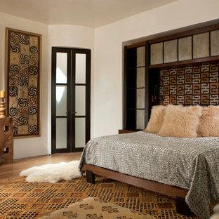 Bedroom - eclectic bedroom idea in Albuquerque