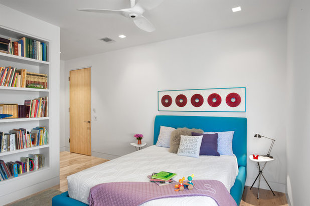 Midcentury Bedroom by RD Architecture, LLC
