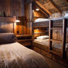 Rustic Bedroom by Reitz Restoration & Home Construction