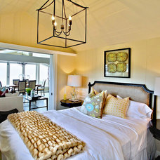 Traditional Bedroom by Western Pacific Construction