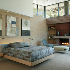 Contemporary Bedroom by Kevin B Howard Architects, AIA