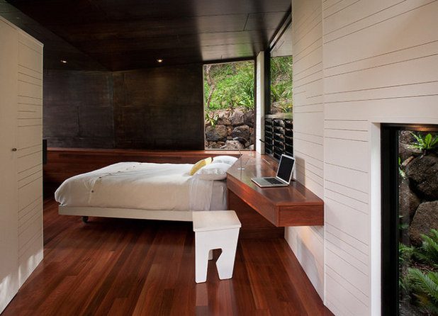 Contemporary Bedroom by Built-Environment Practice