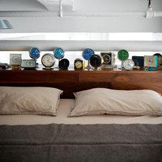 Industrial Bedroom by studio recreation inc