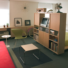 Modern Bedroom by CHROMA design lab + interiors