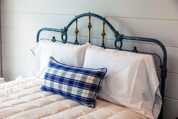 Coastal Bedroom by Gordon Tobey Developments