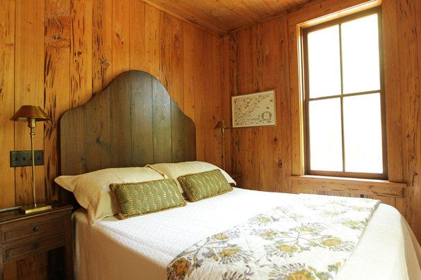 Rustic Bedroom by Margaret Donaldson Interiors