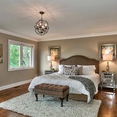 Traditional Bedroom by HOPE DESIGNS