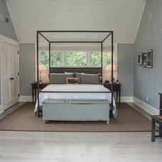 Beach Style Bedroom by Erica Broberg Smith Architect PLLC