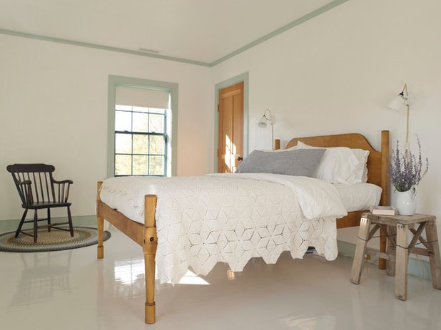 Farmhouse Bedroom by Hendricks Churchill