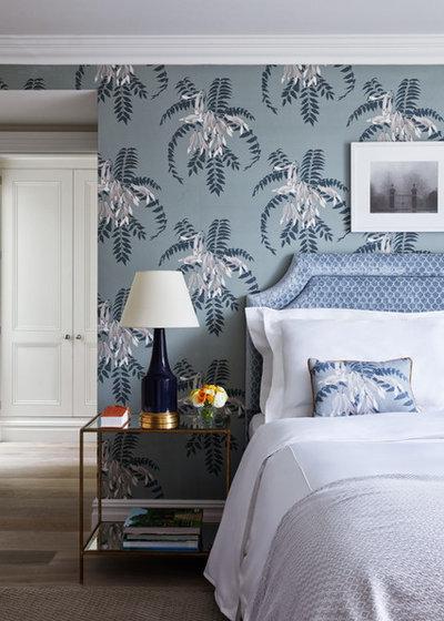 Классический Спальня by Keeley Green Interior Design