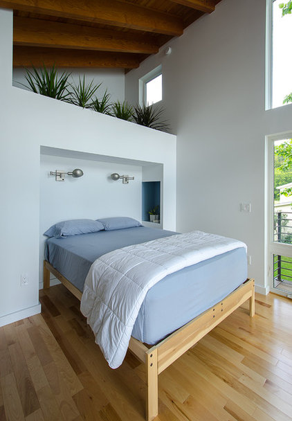 Contemporary Bedroom by CULTivation D.S