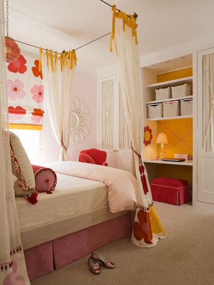 Contemporary Bedroom by StudioBARON Design