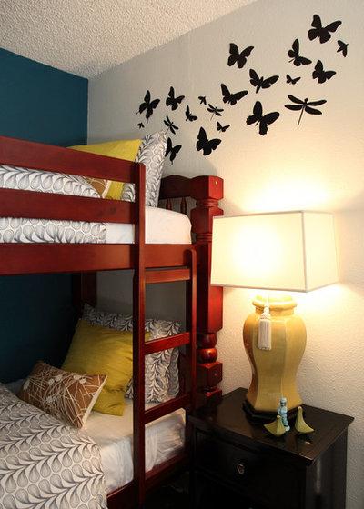 Contemporary Bedroom The Upward Bound House by Vanessa De Vargas