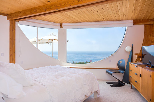 Beach Style Bedroom by Mitch Williams Construction, Inc.