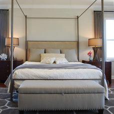 Contemporary Bedroom by Jolana Knupp Interior Design