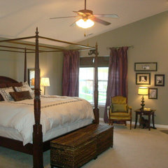 traditional bedroom by Thrifty Decor Chick