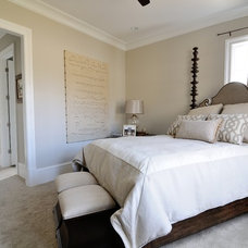 Traditional Bedroom by CR Home Design K&B (Construction Resources)