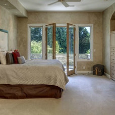 Traditional Bedroom by Seattle Staged to Sell and Design LLC