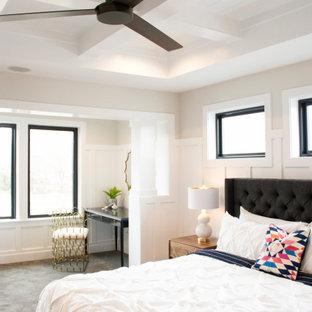 ソルトレイクシティの巨大なトランジショナルスタイルのおしゃれな主寝室 (白い壁、カーペット敷き、グレーの床、格子天井、羽目板の壁) のレイアウト