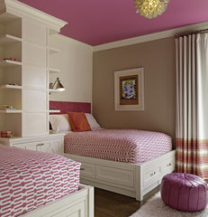 contemporary bedroom by Artistic Designs for Living, Tineke Triggs