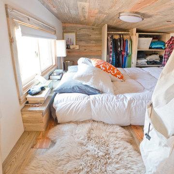 Tiny House Loft w/Sheepskin