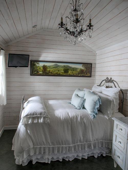 shabby chic style schlafzimmer mit kaminsims aus stein. Black Bedroom Furniture Sets. Home Design Ideas