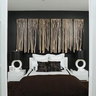 Diseño de dormitorio actual con paredes negras